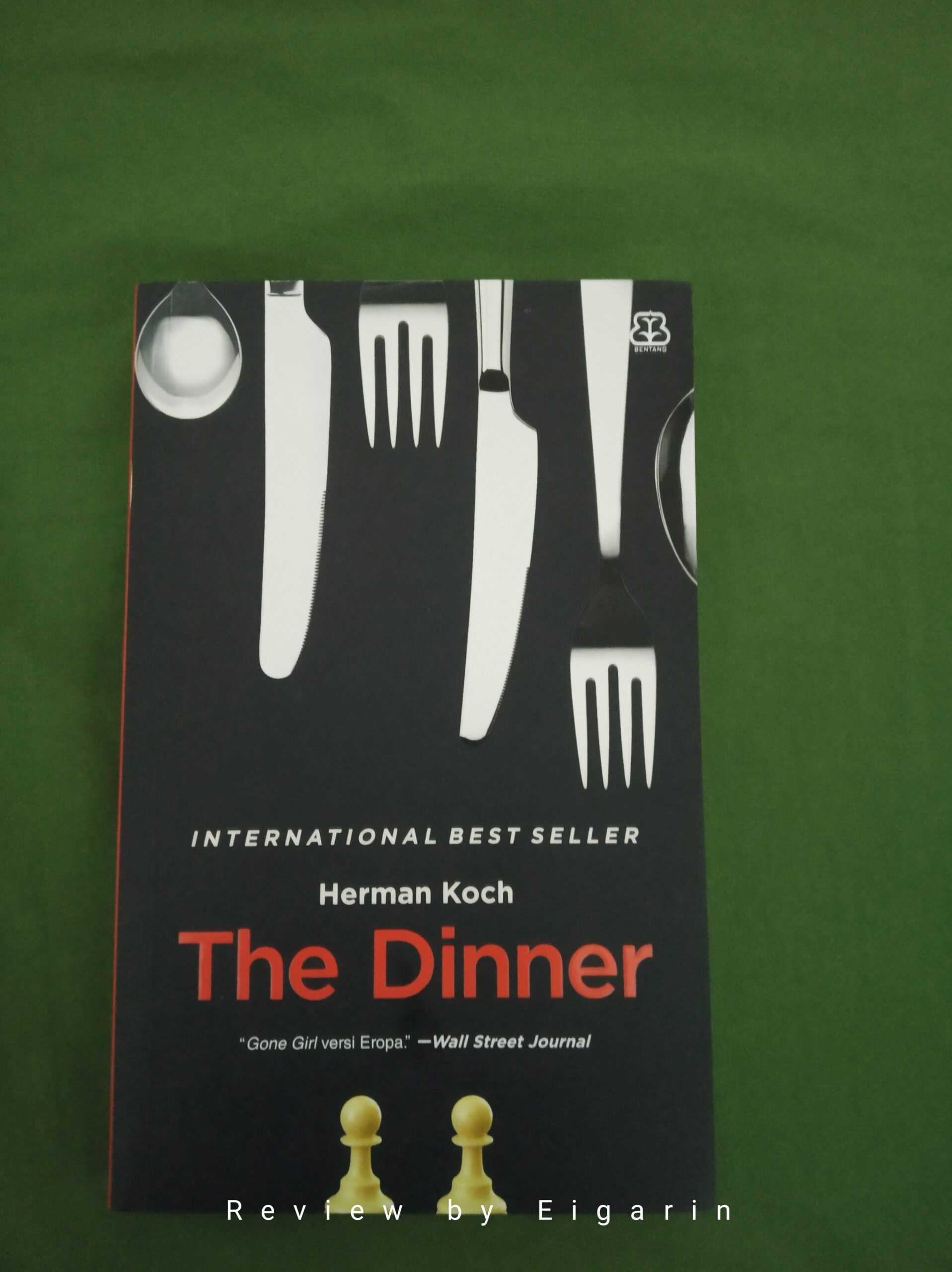 Book Review : The Dinner